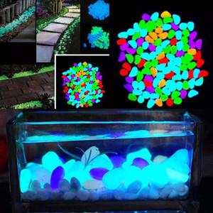 500 unids Garden Resplandor en las piedras luminosas oscuras para Pasillos Plantas Aquarium Decoración Brillo Piedras Decoración de jardín