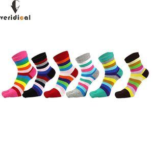 Verídica 5 pares / lote colorido Toe Listrado Mulheres Meias do arco-íris Tripulação Striped Cotton Sock ocasional das senhoras bonitos Cinco dedos meias