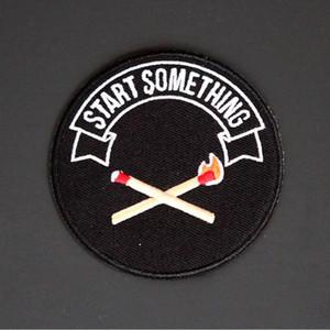 Venta caliente Comience Algo Bordado Patch Coolest Fire Matchstick Hierro de moda en coser en ropa Chaqueta Remiendo Envío gratis F1FZ #