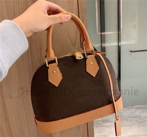 2021 Alma Bb Fashion Women Shoulder Bags Retro luxurys designers Bag Leather Handbags Shell Wallet Purse Ladies Cosmetic Crossbody Bags Tote