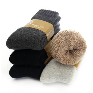 Erkekler Katı Renk Casual Havlu 5 çift / lot için 2020 Yeni Kış Kalınlaşmak Yün Çorap Erkek Sıcak Kaşmir Çorap