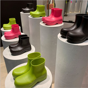 Women thick-soled Rain Boots 2020 Winter Waterproof Boots Woman Snow Boots Platform Min-calf Rain Boot Rainbow Color