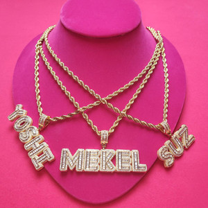 Hip Hop Jewelry Grandbling Customized Letters Pendant Iced Out Zircon Letters Nekclace with Rope Chain Choker for Women