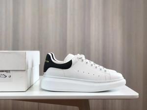2020 العشاق أحذية بيضاء الأحذية زيادة ارتفاع الأحذية الكاجوال 3M عاكس الرجال النساء أحذية رياضية من الجلد الأسود الأزياء شقة الاحذية