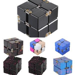 LJ4MD Decompressione Metallo Infinito Cube Novità Lingaggio New Finger Crazy Tip Suggerimento di Rubik in lega di alluminio Cube Cube Gear Rubik's Cube Decompressione