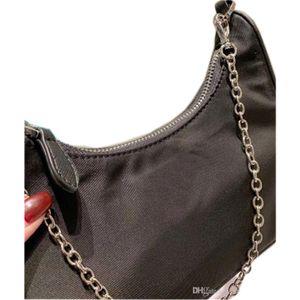 Womens Hinghend borsetta Mother-in-law Bag Ladys Logo spalla superiore per la femmina Nel 2020 di nuovo stile di design a 4 colori
