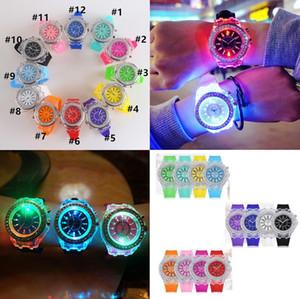 designer watch Luxury Unisex Diamond LED Light Watch Crystal Luminous Men Women Wristwatch Slicone Rhinestone Quartz Watches F102601
