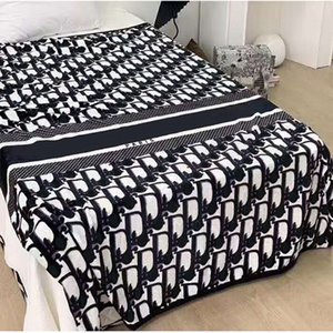 Зима Осень Главная Пледы моды D Письмо Soft Fleece Blanket Размер 150 * 200см Главная Ковер для взрослых и детей