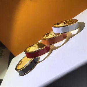 Anel de designer de moda para homem mulheres unisex anéis de luxo jóias 4 cores presentes de moda acessórios