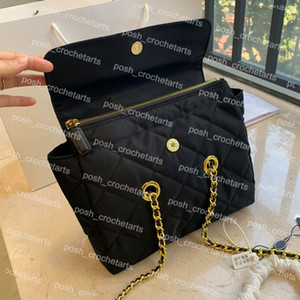 Vintage Hobo For Women's Handbag Purses Sturdy Gold Chain Nylon Bag of Waterproof Solid Color Hobo for Women's Everyday Bag
