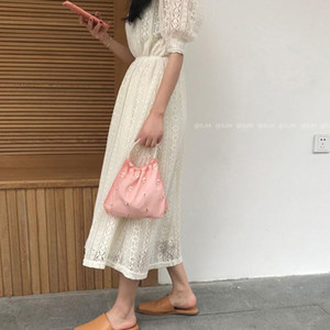 2021 Summer Embroidery Bag Pearl Handbag Mesh Bag Mini Hand Daisies Small New Women Ladies Fashion Flowers Tote Cute Wallet Veriu