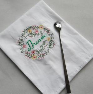 Gestickte Servietten Brief Baumwolle Geschirrtücher Absorbent Servietten Küche Verwendung Handkerchief Boutique Hochzeit Tuch 5 Designs BWF1196
