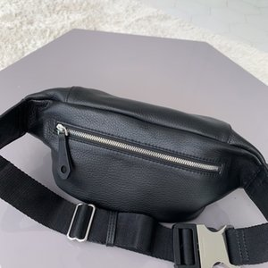 New men's handbag 7A high-end custom quality Fanny pack fashion fashion business casual style metal accessories with long shoulder strap.