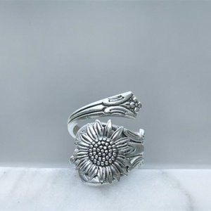 Bohemia Silver Color Sunflower Spoon Daisy Rings for Women Female Wild Flower Ring Boho Jewelry Accessories
