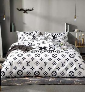 Pamuk Bedding yazdır Harf Europen Tasarımcı Yüksek Kalite Ev Yatak odası% 100 Pamuk Ev Yatak Kapak 200 * 230cm ayarlar Markalı