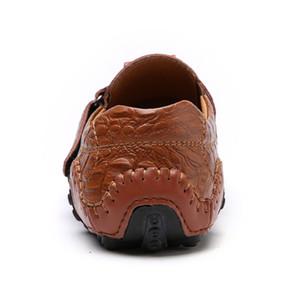 Hecho a mano de cuero genuino zapatos casuales para hombre marca italiana de moda de los holgazanes de los hombres transpirable zapatos de conducción se deslizan en los mocasines BTMOTTZ 201012