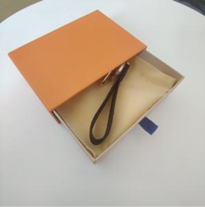 4 개의 스타일 베스트 셀러 키 체인 자동차 키 체인 고품질 합금 펜던트 버클 개인 키 체인 패션 펜던트 공급