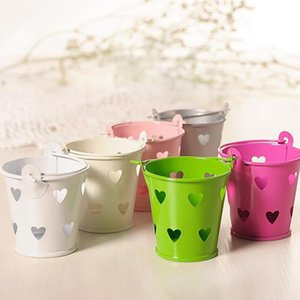 Fashion Hollow-out Candy Small Iron Bucket Simple Love Shape Wedding Party Candy Jewelry Storage Decorative Mini Iron Gift Box