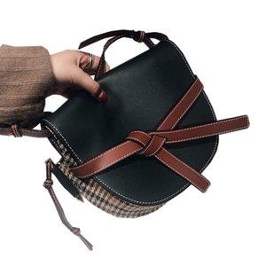 2021 insLVLoewenueva bolsa de bola de masa dama bolsas de las mujeres bolso de hombro cartera de cuero de alta gama con una lona de 25 cm flip