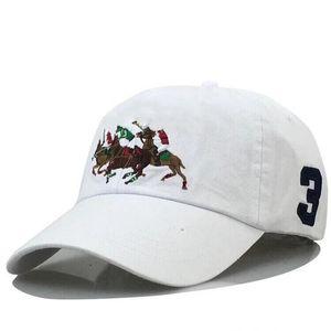 Nuovi cappelli di lusso Nuovi designer di lusso DAD Cappello da papà Berretto da baseball per uomo e donna Famosi marchi di cotone regolabili Skull Sport Golf curvo Sunhat