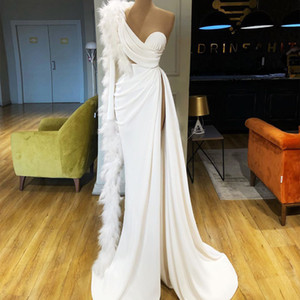 White Feather Evening Dresses One Shoulder Long Sleeve Prom Gowns Sexy Split Custom Made Formal Runway Fashion Dress