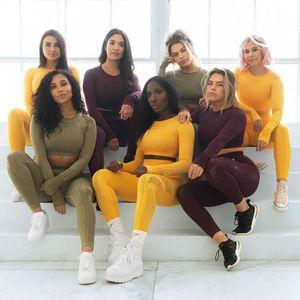 Frauen-Sport-Klage Yoga Set Gym Trainings-Kleidung Long Sleeve Fitness Crop Top + High Waist Energie Nahtlose Leggings Trainingsanzug Sport