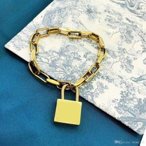fashion model bracelet golden color big lock bracelet