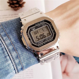 Hot Selling Sports and Leisure LED Watch Digital Men's Watch GMW-B5000 impermeable y a prueba de golpes Iced Out Watch Out