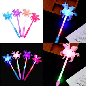 Unicorn Flash LED Light Up Wand Glow Sticks Giocattoli per bambini per concerto di vacanza Party natale Natale regalo regalo compleanno 1 68cx uu