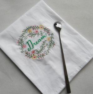 수 놓은 냅킨 편지 코튼 티 타월 흡수성 테이블 냅킨 주방 사용 손수건 부티크 웨딩 천 5 DWF1196 디자인