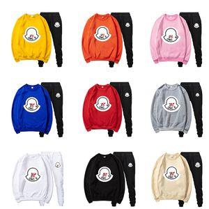 Moncler Monclair Дизайнеры Мужского Tracksuit зимних пальто свитер Два Piece Set Нижнее Одежда Мода Беговой Sweatsuits Joggers одежда Костюмы