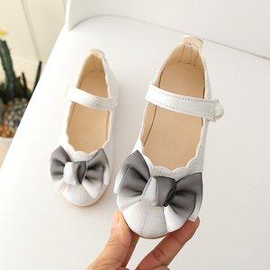 Bekamille meninas sapatos de couro moda arco pérola casual sapatos individuais crianças meninas princesa sandálias festa meninas vestido sapatos q0113