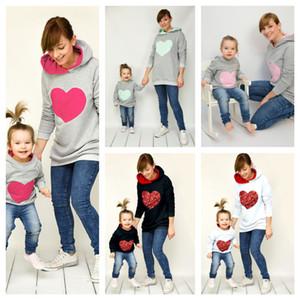 Pai-criança Com capuzes Lantejoulas Crianças Adultos Com Capuz Camisola Coração Lantejoulas Pullover Camisola Mãe Bebê Hoodie Blouse Mulheres Camisolas G11808