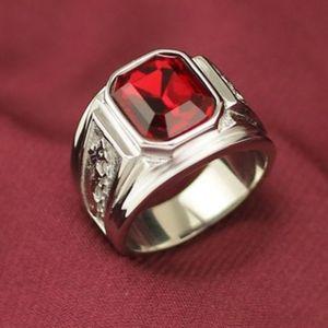 l'anello dell'uomo retrò 2020 nuovi gioielli modello di drago cinese imitazione rubino maschile anello 316L titanio medico anello di dito indice moda in acciaio