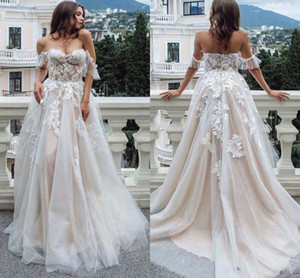 New Bohemian Wedding Dresses Lace Off the Shoulder Tulle Appliques A Line Backless Garden Bride Gowns Country Robe de soriee L109