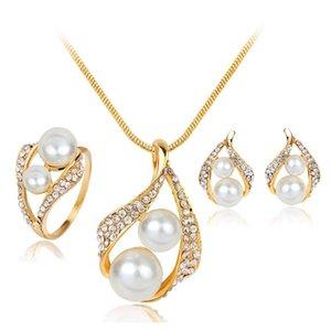 Hot Explosiones Pendientes Collar Anillo Perla Juego de tres piezas Moda Simple Novia Pearl Set Y84ME
