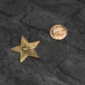 New Retro Ussr Symbol Red Star Sickle Hammer Cold War Soviet Cccp Brooch Icon Badge Lapel Coat Cap