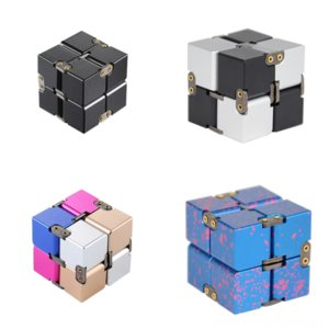 T0ics Melting Rubik La descompresión de Rubik Metal Bang Pin de solapa Worn Cube Sheldon Cooper en Big the By Gear Novelty Infinite Cube Cube Rubik Cube