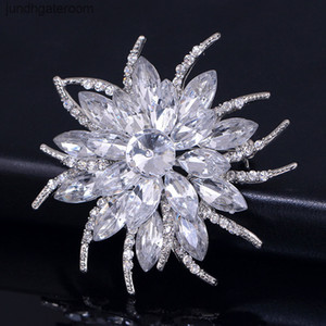 Quality Austrian Crystal Brooch Pins For Women Top Flower Broches Jewelry Fashion Wedding Party Bijoux Broche Femme will