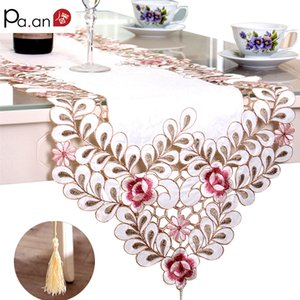 New Embroidered Table Runner Polyester Floral Hollow Lace Microwave Oven Table Covers Home Wedding Party Decoration Pa.an 201123