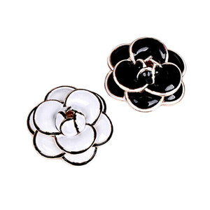 High Quality Enamel Camellia Flower Brooches for Women Lady Wedding Jewelry Bridal Bouquet Brooches Fashion Brooch Pin Party Gifts