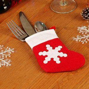 Нетканые Рождество Посуда держатель сумка Рождество Обеденный стол украшения нож вилка сумка Симпатичные Снежинка Малый носки Cutlery крышки VT1817