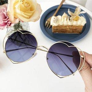 Round women's sunglasses Gradient shades for women Vintage designer heart metal frame Cat eye female sunglasses oculos 2020