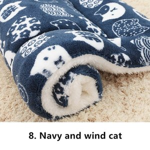 New Cute Dog Bed Mats Soft Flannel Fleece Paw Foot Print Warm Pet Blanket Sleeping Beds Cover Mat For Small Medium Dogs Cats
