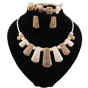 Dubai Gold Color Necklace Jewelry Sets Costume Design Nigerian Wedding Jewelry Women Fashion African Beads Jewelry Set