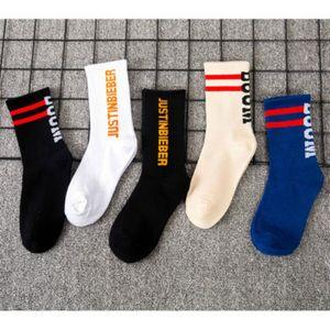 Women Trendy Socks 2020 New Autumn Breathable Sports Socks Girls Hip Hop Style Sock Letter Printed Hot Sale