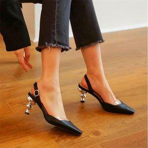 Sapatos Femininos de estilo elegante estranhas Sandálias de salto alto com salto fino e sapatos alto