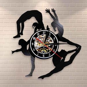 Gymnastique filles silhouettes Horloge murale sport fille Tumbling Vinyl Record Clock Gymnaste Wall Art Danse Paroi Décor Horloge