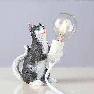 Black Cat Lamp Nordic Creativo Soggiorno Studio Studio Piccolo Tavolo Lampada da Bedroom Deposito del negozio di abbigliamento Decorazione animale Lampada da tavolo Mini cat Luci notturne