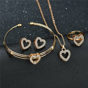 Heart Shaped Pendant Necklace Earrings Bracelet Ring Sets Wedding Party Crystal Rhinestone Statement Jewelry Set for Women Girl 4pcs set